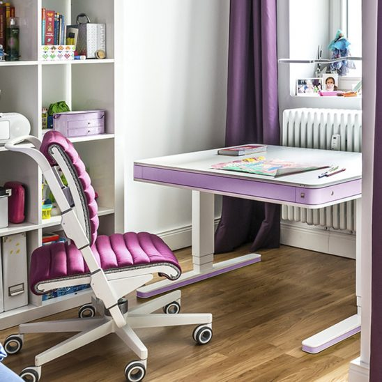 Стол регулируемый Moll T7 розовый